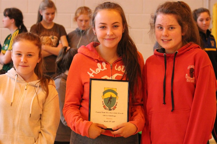 Castleisland Community College Win Inaugual Kerry Secondary School Girls Cricket Challenge
